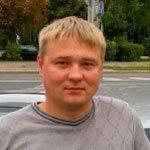 Автоинструктор автошколы Давыденко Роман