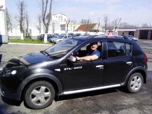 Инструктор по вождению Виницкий Александр  +375 29 617-69-10