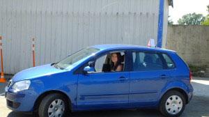 Автодром - г. Минск, ул. Софьи - Ковалевской, д. 54, корпус 1.  Девушка за рулем - диагональная парковка.