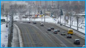 Обгон за рулем автомобиля – всегда рискованный маневр, особенно зимой.