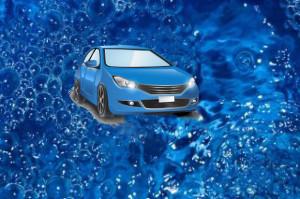Достаточно воспользоваться специальным покрытием «жидкое стекло», чтобы продлить молодость автомобиля и сохранить её внешний вид.