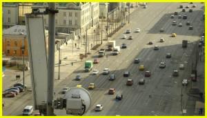 Цена курса теории в автошколах Москвы равна 8-9 тыс. рублей, а практика соответственно 14-30 тыс. рублей.