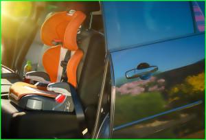 Выбираем автокресло для малыша - для удобства ребенка следует выбирать автокресло с несколькими вариантами положения спинки, чтобы он мог и сидеть, и лежать.